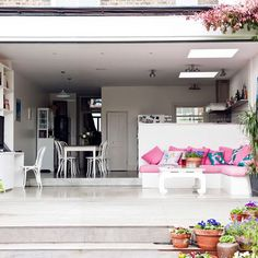 Spacious kitchen extension | Modern extension | PHOTO GALLERY | Livingetc | Housetohome.co.uk  Step down