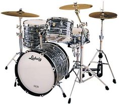 Ringo Starr 1964 Ludwig kit. 22x14 bass,13x9 tom, 16x16 floor, 14x5 Supersonic chrome snare