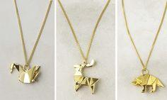 Decent Origami Necklace - http://www.ikuzoorigami.com/decent-origami-necklace/