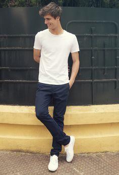 #smitzy #smitzystyle #inspiredbythegreatest #wemakechinoscoolagain #madeinspain #smitzysocial #perfectfit #chinopants #pants #chinos #trousers #pantalones #men #mensfashion #menswear #FashionPost #menwithstyle #Fashion #Style #StyleBlogger #spain #gentleman #estilo #preppy #madrid #model #navyblue  #navy  #outfit #blue