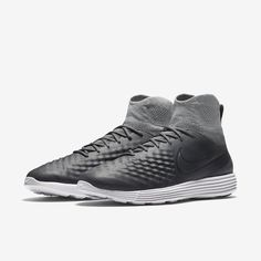"""Shop Nike for shoes, clothing & gear at <a href=""""http://www.nike.com"""" rel=""""nofollow"""" target=""""_blank"""">www.nike.com</a>"""