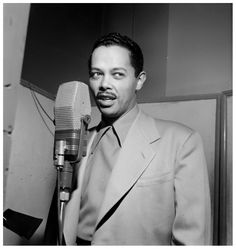 Billy Eckstine, New York, N.Y., between 1946 Photo William P.Gottlieb