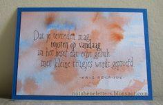 Nota Bene: Kalligrafie; calligraphy; verjaardagskaart; birthday card; getekende foundational; drawn foundational; aquarelachtergrond; watercolour background; tekst Kris Gelaude; words by Kris Gelaude