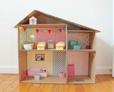 Cardboard Box Dollhouse DIY on PencilandThread.us