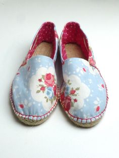 Another day, another birthday present to make, only this time it is something a bit unusual – a pair of handmade espadrilles! I've made slippers and things along those lines before, but…