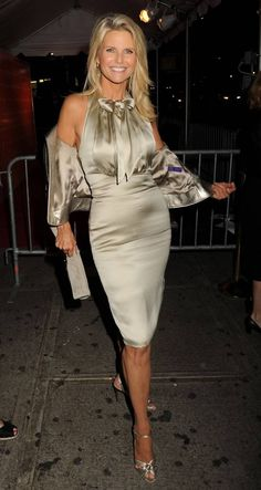 Christie Brinkley (50+)