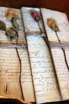 50 Super Ideas for wedding flowers vintage ana rosa Old Letters, Handwritten Letters, Cursive, Vintage Lettering, Letter Writing, Mail Art, Vintage Love, Vintage Romance, Vintage Books