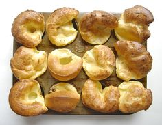 The art and science of popovers - Flourish - King Arthur Flour Savory Scones, Savory Tart, Yorkshire Pudding Recipes, Popover Recipe, Bread Bun, Bread Rolls, Breakfast Dessert, Breakfast Ideas, Breakfast Recipes