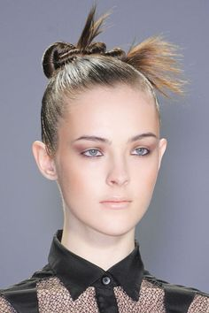 The Best Makeup Looks from Fall 2013: Prune Eyes at Nanette Lepore