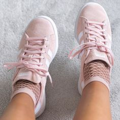 Pink outfit inspiration : Adidas Campus sneakers <3