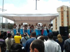 Presentación coreografía de bastones en Maloka oct-2012