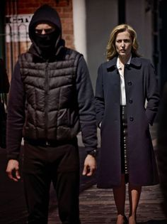 Gillian Anderson and Jamie Dornan 'delighted' as they start filming series two of The Fall The Fall Netflix, Gillian Anderson The Fall, Stella Gibson, Fall Tv Shows, X Files, Dakota Johnson Movies, Paul Spector, Fallen Series, Jaime Dornan