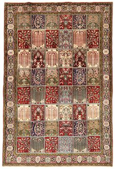Sarough Oriental carpets are made in western Iran. These Persian carpets usually feature a central medallion and floral motifs. Bedroom Carpet, Living Room Carpet, Rugs On Carpet, Carpets, Iranian Art, Persian Carpet, Paper Decorations, Floral Motif, Textiles