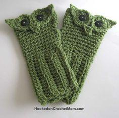 Owl Fingerless Gloves, Wrist Warmers, Hand Warmers Crocheted Gloves Handmade in Khaki Green- Size Medium