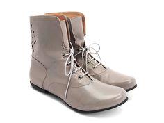 Such pretty boots