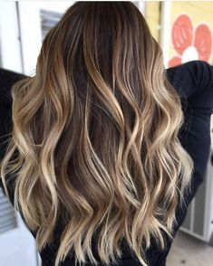 22 balayage hair for blonde and brown hair. The best hair ideas 2018 for balayage hair blonde and balayage hair dark. hair ideas for all hair lengths There are thousandsInformations About 22 Balayage Haare für Cabelo Ombre Hair, Long Ombre Hair, Dyed Hair Ombre, Best Ombre Hair, Short Ombre, Brown Blonde Hair, Balayage Hair Brunette With Blonde, Ashy Blonde, Blondish Brown Hair