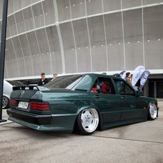 Mercedes Benz World, Mercedes Benz 190e, Mercedes 190, Lowrider Trucks, E30, Exotic Cars, Cars And Motorcycles, Cool Cars, Dream Cars
