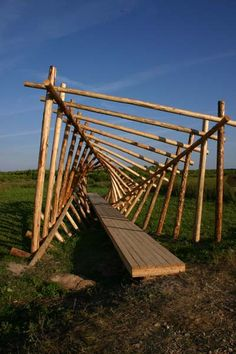 Арт-объект Public Art, Garden Bridge, Landscape Architecture, Bird Houses, Outdoor Structures, Island, Treehouse, Log Projects, Architecture