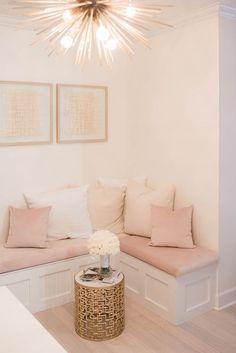 Modern Living room Decor Ideas for Small Room My New Room, My Room, Living Room Decor, Bedroom Decor, Gold Bedroom, Pink Room, Room Inspiration, Furniture Design, Table Furniture