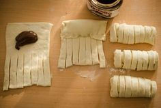 Mirabelkowy blog: Drożdżówki z nutellą Nutella, Food And Drink, Bread, Cheese, Cooking, Blog, Hipster Stuff, Kitchen, Brot
