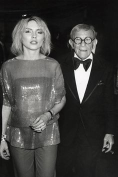 The most outrageous outfits in Grammys history: Debbie Harry and George Burns…