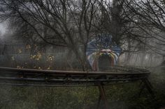 rotting rollercoaster /abandoned theme park by andre govia., via Flickr