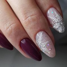If you are getting ready for the holidays by painting a winter wonderland on your nails, these Cutest Christmas Nail Art DIY Ideas will surely give you a cheerful Christmas season this year. Cute Christmas Nails, Xmas Nails, New Year's Nails, Christmas Nail Art Designs, Holiday Nails, Love Nails, Pretty Nails, Hair And Nails, Holiday Makeup