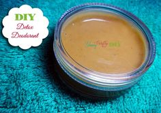 Try this Natural Detox Deodorant Recipe. It's proven mild, safe and effective. With this, you can ditch your chemical deodorant away for good. Dry Container, Deodorant Recipes, Natural Detox, Diy Projects To Try, Baking Soda, Coconut Oil, Crafty, Canning, Fruit