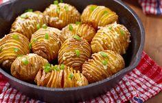http://kitchenmag.ru/posts/4309-obychnyy-produkt-po-novomu-15-klassnyh-retseptov-iz-kartofelya