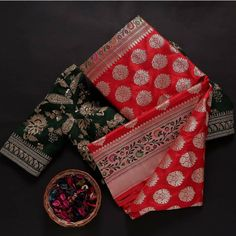 Sarees, Gift Wrapping, Gifts, Gift Wrapping Paper, Presents, Wrapping Gifts, Favors, Gift Packaging, Gift
