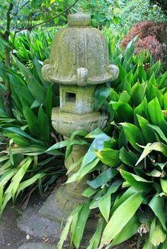 Japanese garden lantern statue