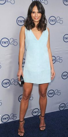 Jordana Brewster kept it sweet and simple in a frosty blue mini dress that she styled with a patent black Lauren Merkin minaudiere and skinny strappy heels. by clarissa Great Legs, Beautiful Legs, Belle Hairstyle, Blue Dresses, Summer Dresses, Hot Brunette, Women Legs, Beautiful Celebrities, Sexy Legs
