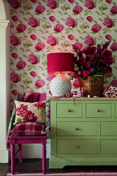 Wallpaper - Laura Ashley AW15 #interiors #Ambleside