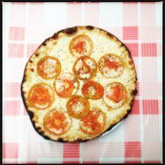 Tomato Pizza  - Yum!