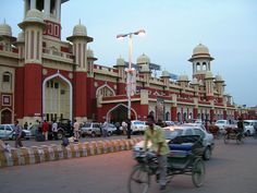 lucknow - Charbagh Railway Station