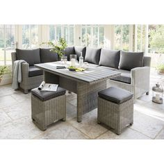 The Kettler Palma Casual Dining Corner Set is made out of stylish rattan and consists of a modular corner sofa, two stools, dining table and side table. Corner Sofa Dining Set, Rattan Corner Sofa, Modular Corner Sofa, Dining Sofa, Corner Seating, Dining Table, Garden Furniture Design, Rattan Garden Furniture, Dining Furniture
