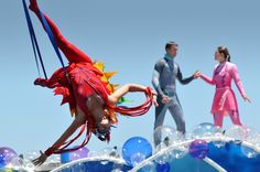 Seaworld Orlando Blue horizons show, I would love to be the red girl!