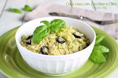Il Cous cous con Zucchine e Olive è un primo piatto a base di verdure, leggero e veloce da realizzare. Perfetto anche per piatti vegani
