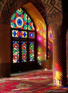 Nasirol molk Mosque(Shiraz) by Fariborz Alagheband Persian Architecture, Mosque Architecture, Beautiful Architecture, Beautiful Buildings, Art And Architecture, Stained Glass Art, Stained Glass Windows, Islamic Art Pattern, Church Windows