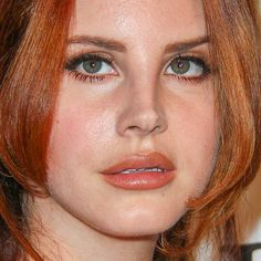 Lana Del Rey's Makeup Photos & Products | Steal Her Style