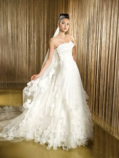 DEMETRIOS 1418 from BridalGown.NET $1,519