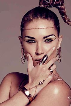 -love the Egyptian look!