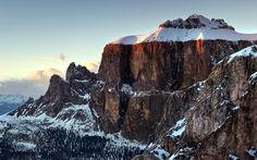 free high resolution wallpaper mountain