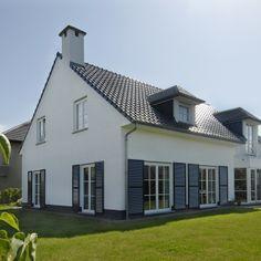 Notarishuis notariswoning witte villa landelijk wonen for Huis laten stylen