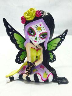 Sugar Skull Girl, Sugar Skulls, Skull Decor, Skull Art, Mythical Dragons, Gothic Fairy, Skulls And Roses, Candy Skulls, Day Of The Dead Art