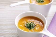 Thai Pumpkin Soup by Taste. This recipe is by Kim McCosker and Rachael Bermingham, the time-poor mums behind the best-selling 4 Ingredients cookbooks. Soup Recipes, Vegetarian Recipes, Cooking Recipes, Healthy Recipes, Recipies, Vegetarian Dinners, Savoury Recipes, Thai Pumpkin Soup, Thai Soup