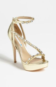 David Tutera 'Cascade' Pump @ Nordstrom lend a bit of gold dust and sparkle to the bridal shoe.