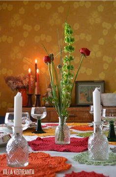 Photographs in co-operation with LaFilia boutique & Mäntsälän Kukka -flowershop.   Photos taken in a home of five, in Mäntsälä, Finland.   Scandinavian home, interior design, colorful home, vintage, Christmas, rintamamiestalo, old house,