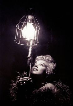 Marilyn Monroe / Born: Norma Jeane Mortenson, June 1926 in Los Angeles, California, USA Marilyn Monroe Fotos, Candle In The Wind, Mae West, Norma Jeane, Amy Winehouse, Timeless Beauty, Classic Beauty, Pure Beauty, Iconic Beauty
