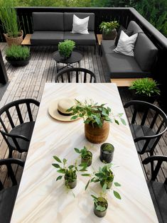 New and Cheap Garden-Backyard Patio Furniture ideas DIY Backyard Patio, Backyard Landscaping, Patio Design, Garden Design, Garden Furniture Design, Balkon Design, Terrace Garden, Terrace Decor, Outdoor Dining